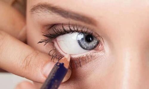 delineador-de-ojos-blanco