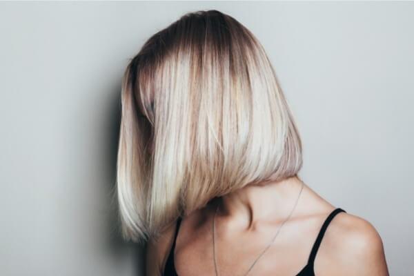 cabello-recto-y-enmarcado